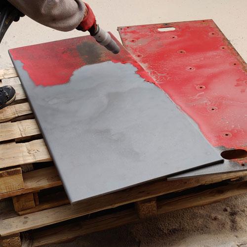 Piaskowanie-metali-usuwanie-farby-blacha