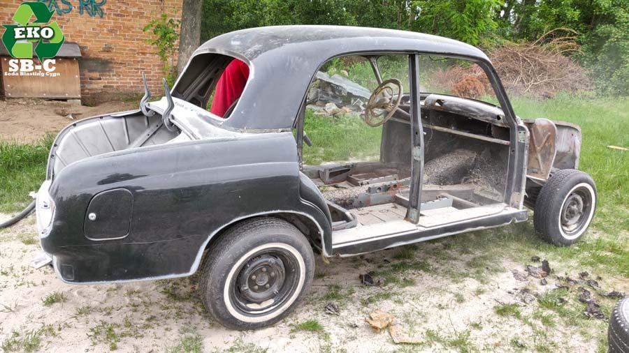 sodowanie-karoserii-samochod-mercedes-w-120